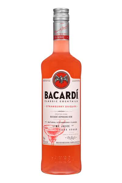BACARDÍ Classic Cocktails Strawberry Daiquiri