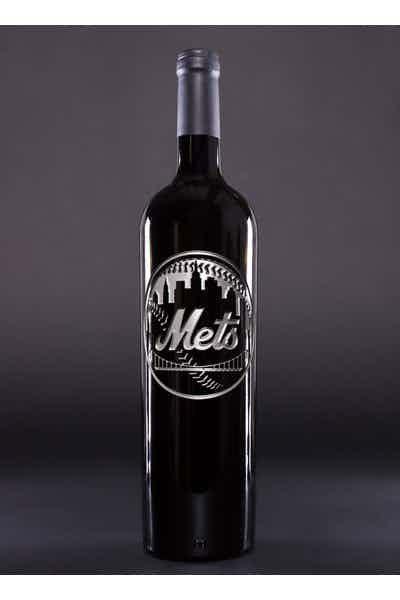 New York Mets™ Skyline Logo Etched Wine Bottle